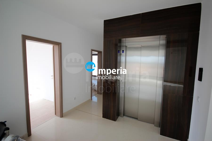 Penthouse 3 camere, zona Oancea  Tatarasi