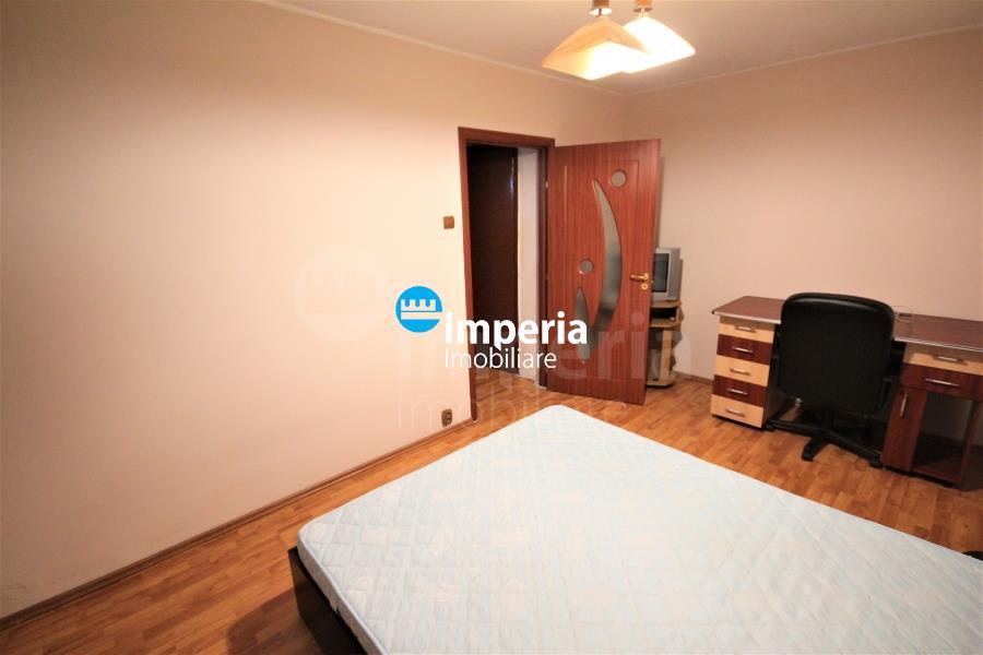Apartament cu 2 camere de vanzare in zona Podu Ros Cantemir