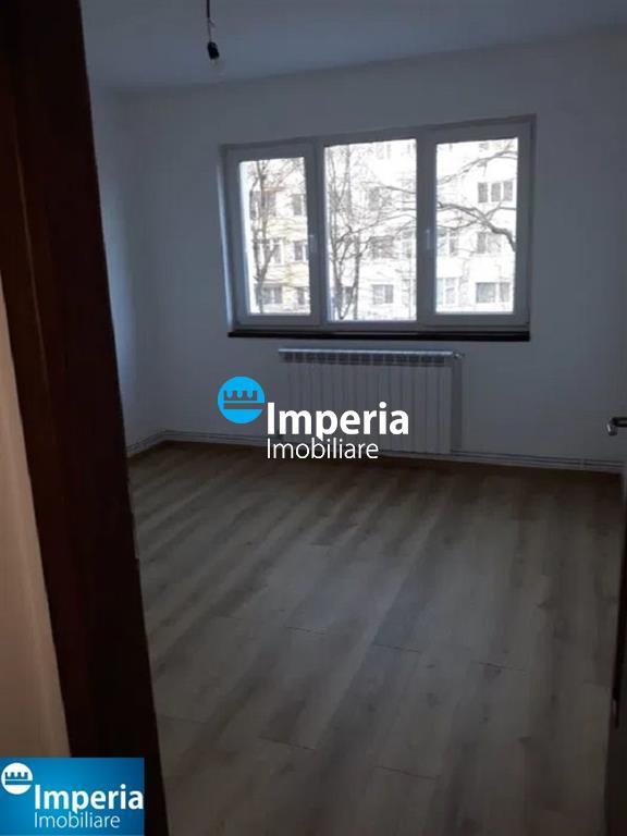 Apartament 3 camere Tatarasi Flora
