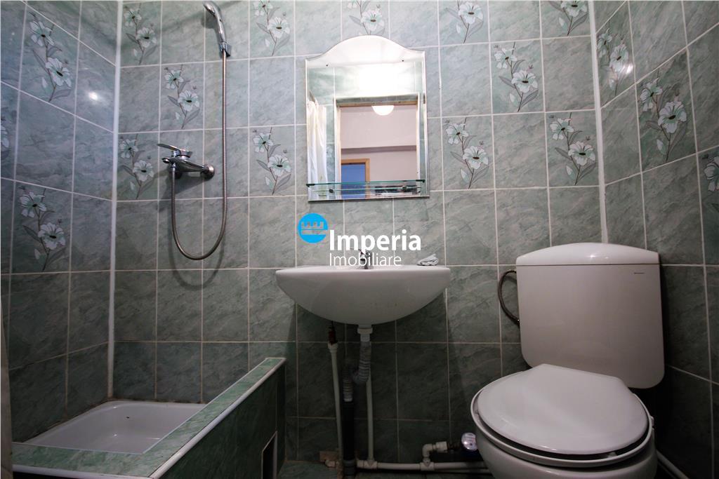 Ultracentral 2 camere Cuza Voda, UMF