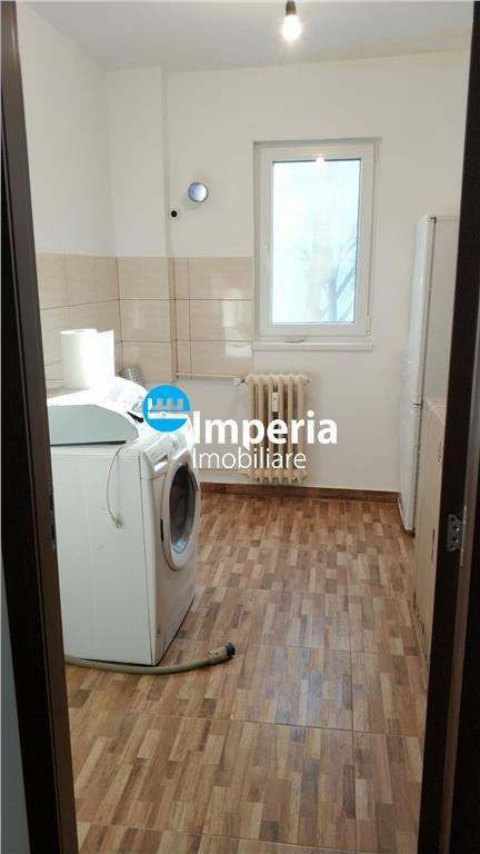 Tatarasi Dispecer apartament 3 camere decomandat