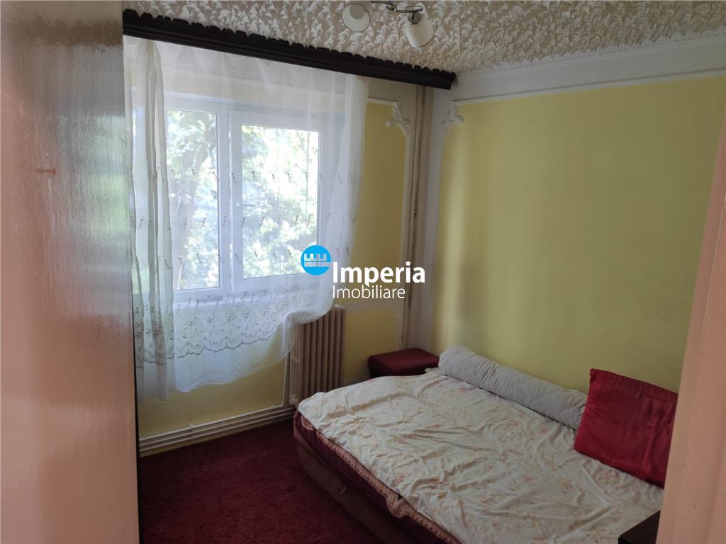 Apartament 2 camere, semidecomandat, Alexandru cel Bun