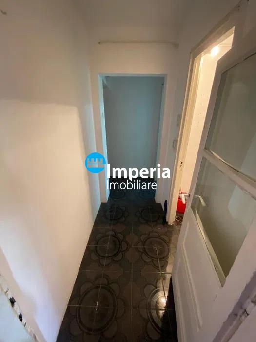 Apartament 3 camere confort redus de vanzare Tatarasi Iasi