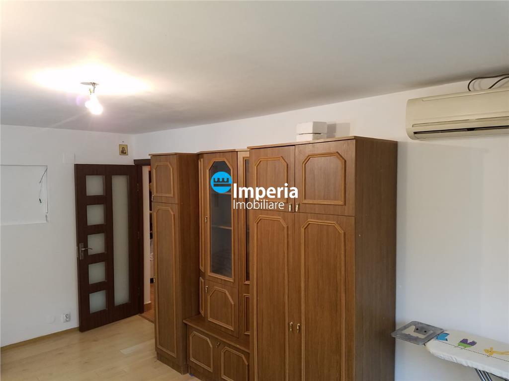 Apartament 2 camere, decomandat, de inchiriat, Zimbru