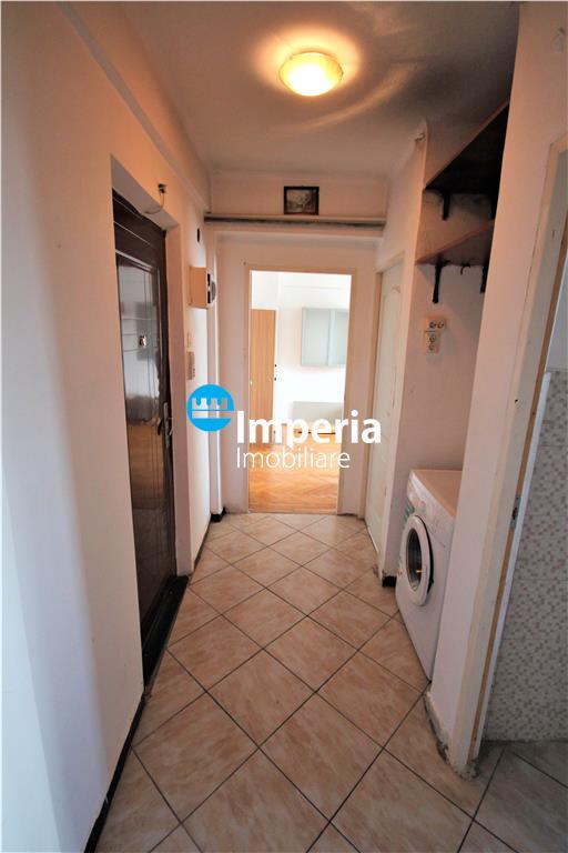 Apartament 2 camere decomandat in Podu Ros