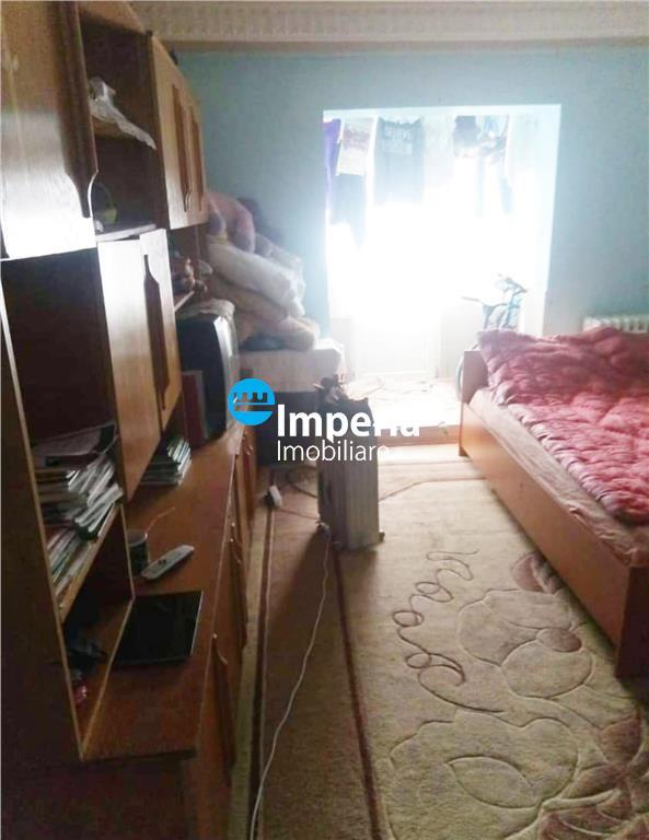 Apartament 2 camere, semidecomandat, de vanzare, DaciaBicaz