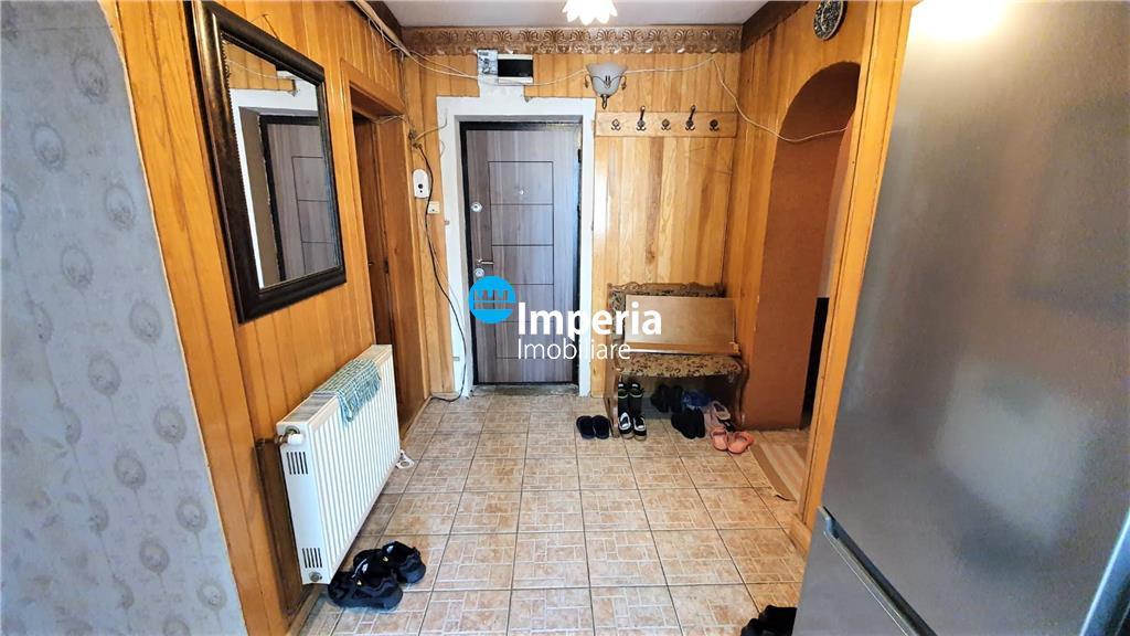Apartament 4 camere de vanzare in Podu Ros, Iasi