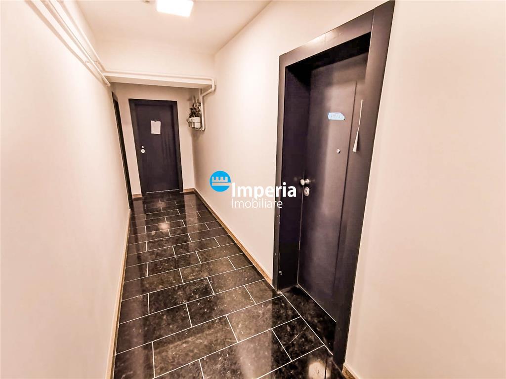 Central, cladire noua langa Palas, 12Euro/Mp