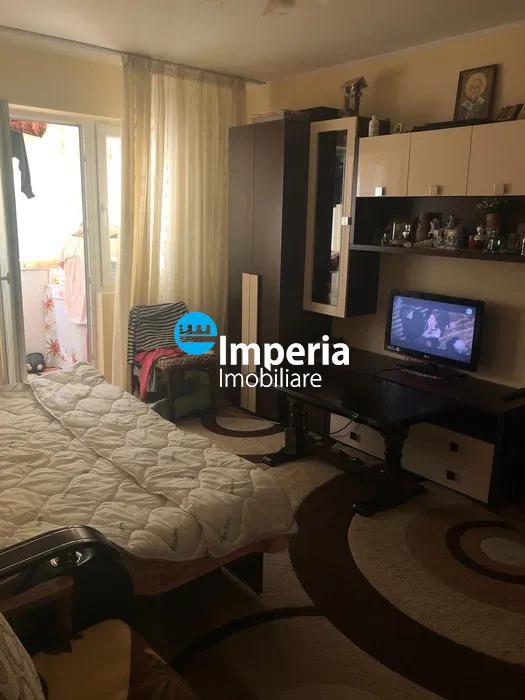 Apartament 2 camere, semidecomandat, de vanzare, Dacia