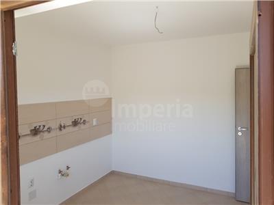 Duplex de vanzare, 4 camere, zona Horpaz