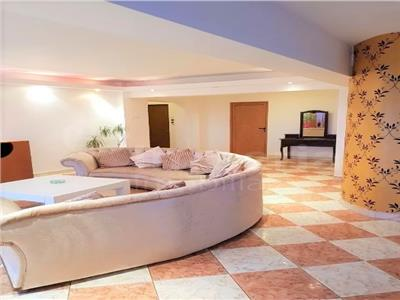 Apartament 3 camere, open space de vanzare zona Copou - Time Out