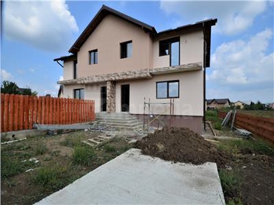 Duplex de vanzare in zona Lunca Cetatuii, cartier Tineretului