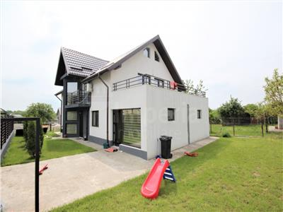 Vila in stil modern de vanzare in Iasi, zona Miroslava