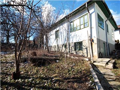 casa de vanzare,557mp teren,zona sararie-copou Iasi