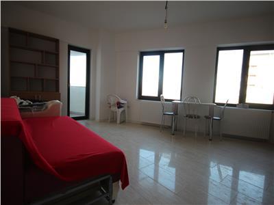 inchiriez apartament 2 camere, open space, complex roua residence Iasi