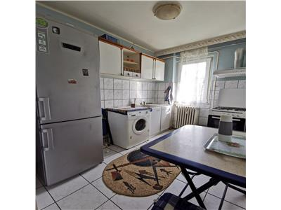 apartament 2 camere sd de inchiriat podu ros Iasi