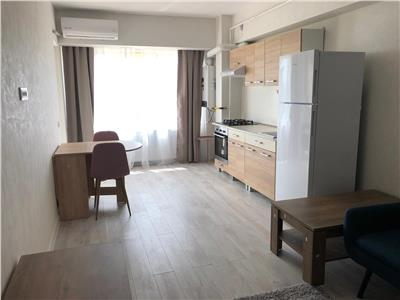 inchiriez apartament 2 camere, open space, complex roua residence Iasi
