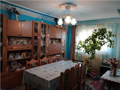apartament 3 camere de vanzare - canta Iasi