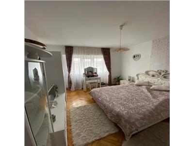Apartament 2 camere de vanzare  Centru - Arcu
