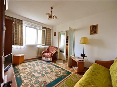 Apartament cu 2 camere, de vanzare, in zona Alexandru cel Bun - Piata Voievozilor