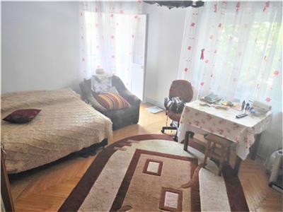 Apartament 3 camere decomandat, de vanzare, confort 1, Dacia