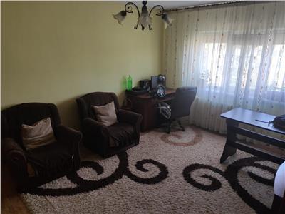 apartament 2 camere, decomandat, zimbru Iasi