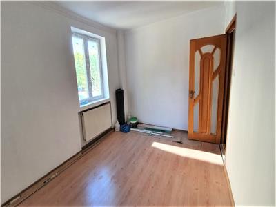 apartament 1 camera de vanzare in tudor vladimirescu Iasi