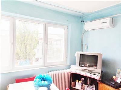 Apartament 2 camere, nedecomandat, de vanzare, Mircea cel Batran