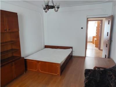 apartament 3 camere, decomandat, de vanzare, mircea cel batran Iasi