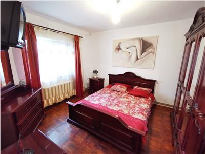 apartament 3 camere etaj 1 arcu Iasi