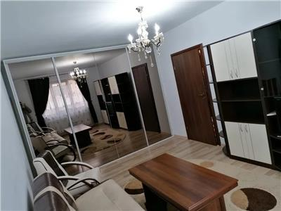 Apartament 2 cam, D de vanzare in zona Podul de Fier - Little Texas