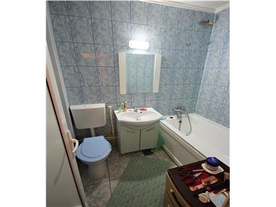 Apartament 1 camera de vanzare in Podul de Fier