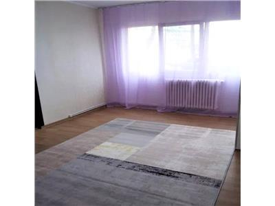 Apartament 3 camere de vanzare in Podu Ros