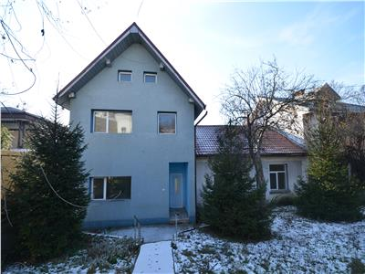 Casa de vanzare, 360 mp, individuala, zona Pacurari - Petru Poni