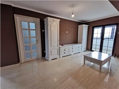 apartament cu 4 camere, de vanzare in iasi zona nicolina - biserica catolica