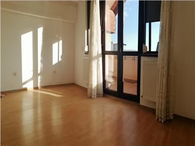 apartament 3 camere de vanzare tatarasi - p-ta chirila Iasi