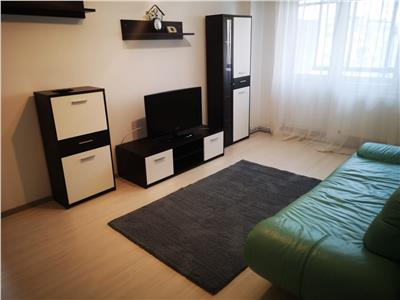 Apartament cu 2 camere de inchiriat, zona Alexandru cel Bun  Piata Voievozilor