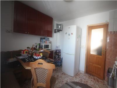 Apartament 2 cam, D de vanzare in zona Tatarasi  2 Baieti