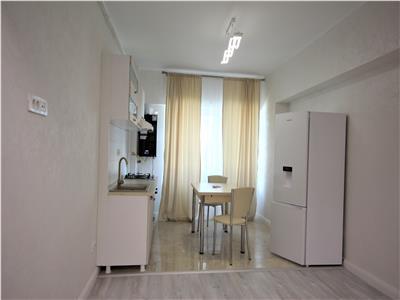 Inchiriez apartament 2 camere, open space, Complex Royal Town - Copou