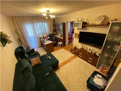 Apartament 2 cam, decomandat, de vanzare in zona Tatarasi - Ciurchi