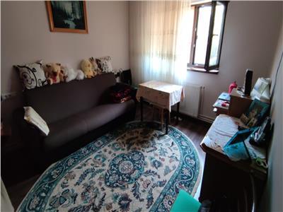 Casa 6 camere, de vanzare, zona Breazu