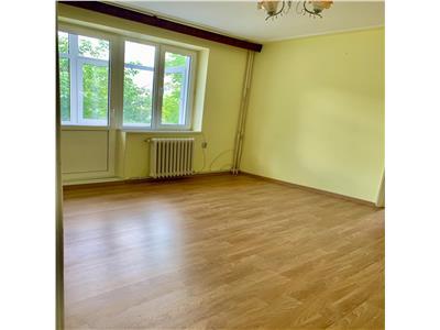 apartament 3 camere, nd, de vanzare in zona copou - parc copou Iasi