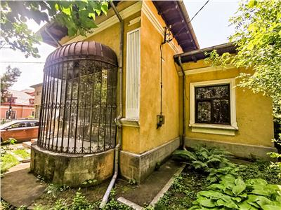 Casa individuala din periaoada interbelica in COPOU, 160Mp si 600Mp teren