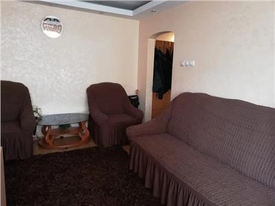 Apartament 3 camere, semidecomandat, de vanzare, Zimbru