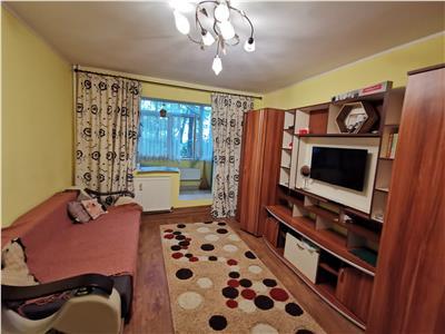 apartament 2 camere de inchiriat podu ros - piata nicolina Iasi