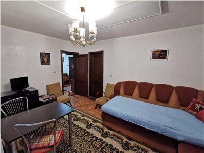 inchiriez apartament 3 camere, decomandat, zona copou - parc copou Iasi