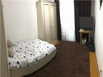 apartament 4 camere, semidecomandat, de vanzare, zimbru Iasi