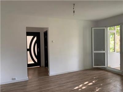 apartament 2 cam, semi - decomandat, de vanzare in zona tatarasi - dispecer Iasi