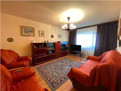 inchiriez apartament 3 camere, decomandat, nicolina - prima statie Iasi