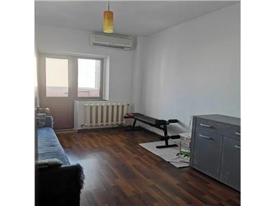 Apartament 3 camere, decomandat, de vanzare, Zimbru